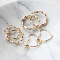 GOLD PETIT TWISTED HOOPS